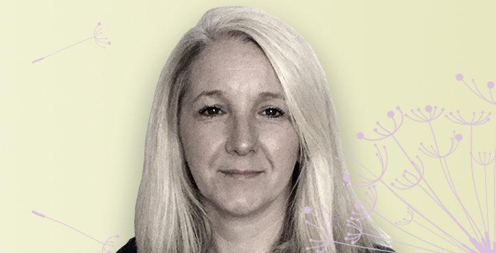 Therapist Karen Woods, BACP, COSRT